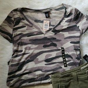 Torrid army lookin tee shirt black grey light grey